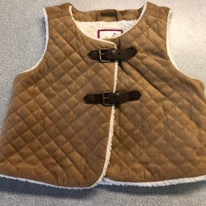 Gymboree Toddler Girls quilted Vest. Size 3T.
